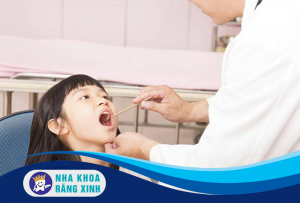 chăm sóc răng miệng ở trẻ